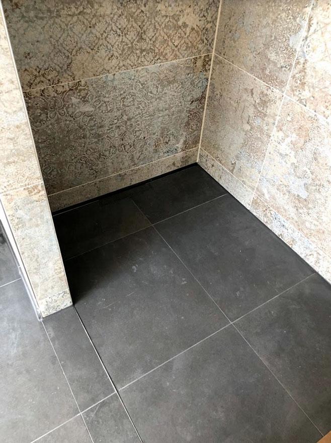 Badezimmer005 - BB Fliesen und Raumdesign