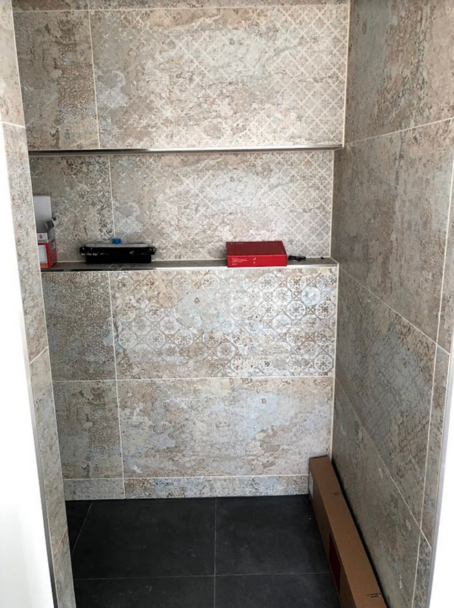 Badezimmer006 - BB Fliesen und Raumdesign