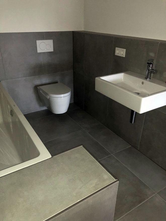 Badezimmer008 - BB Fliesen und Raumdesign
