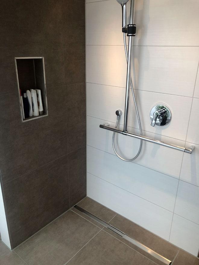 Badezimmer011 - BB Fliesen und Raumdesign